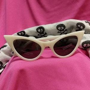 Sexy Rockabilly Cat Eye White Sunglasses